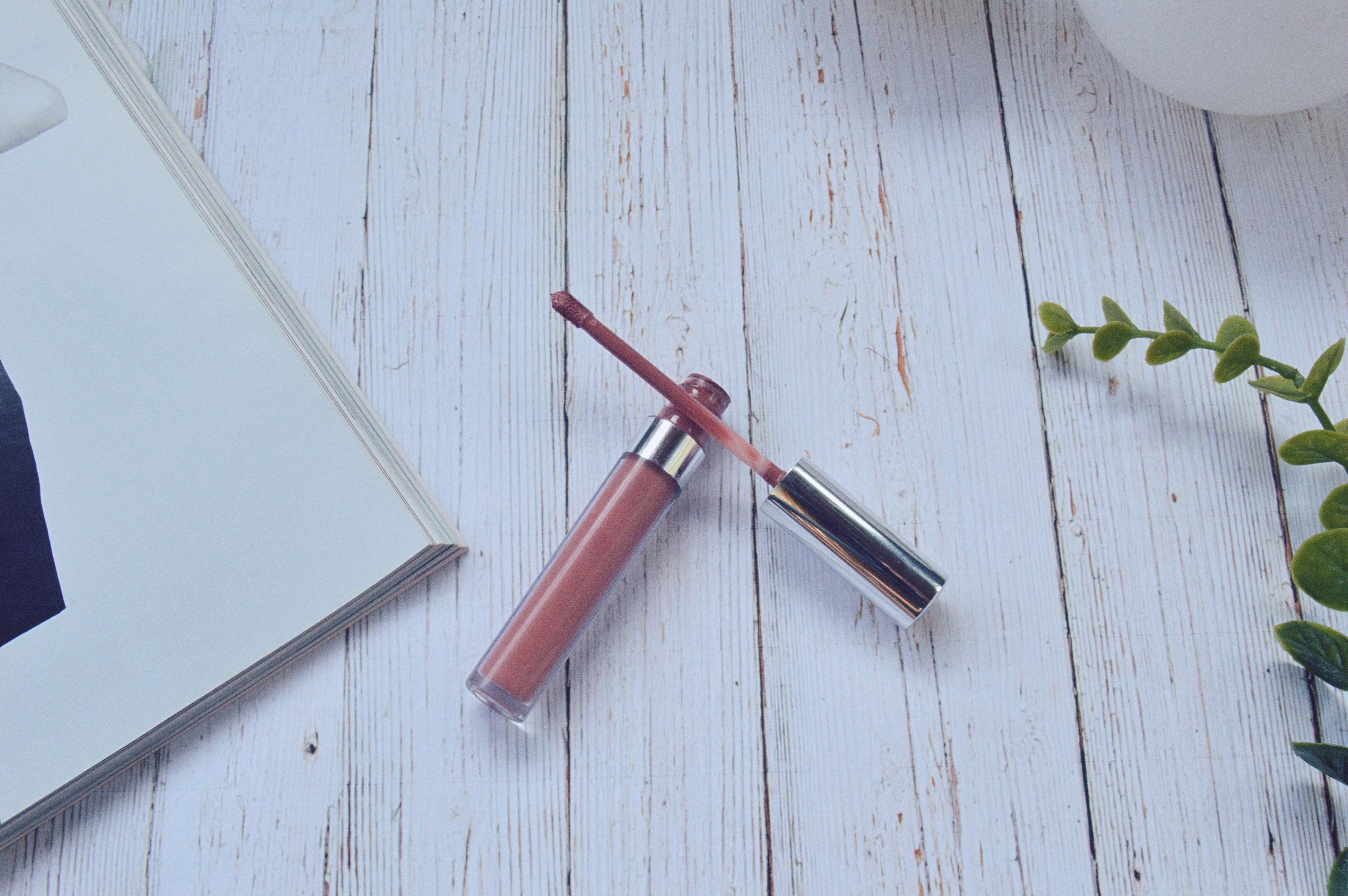lipstick2.jpg