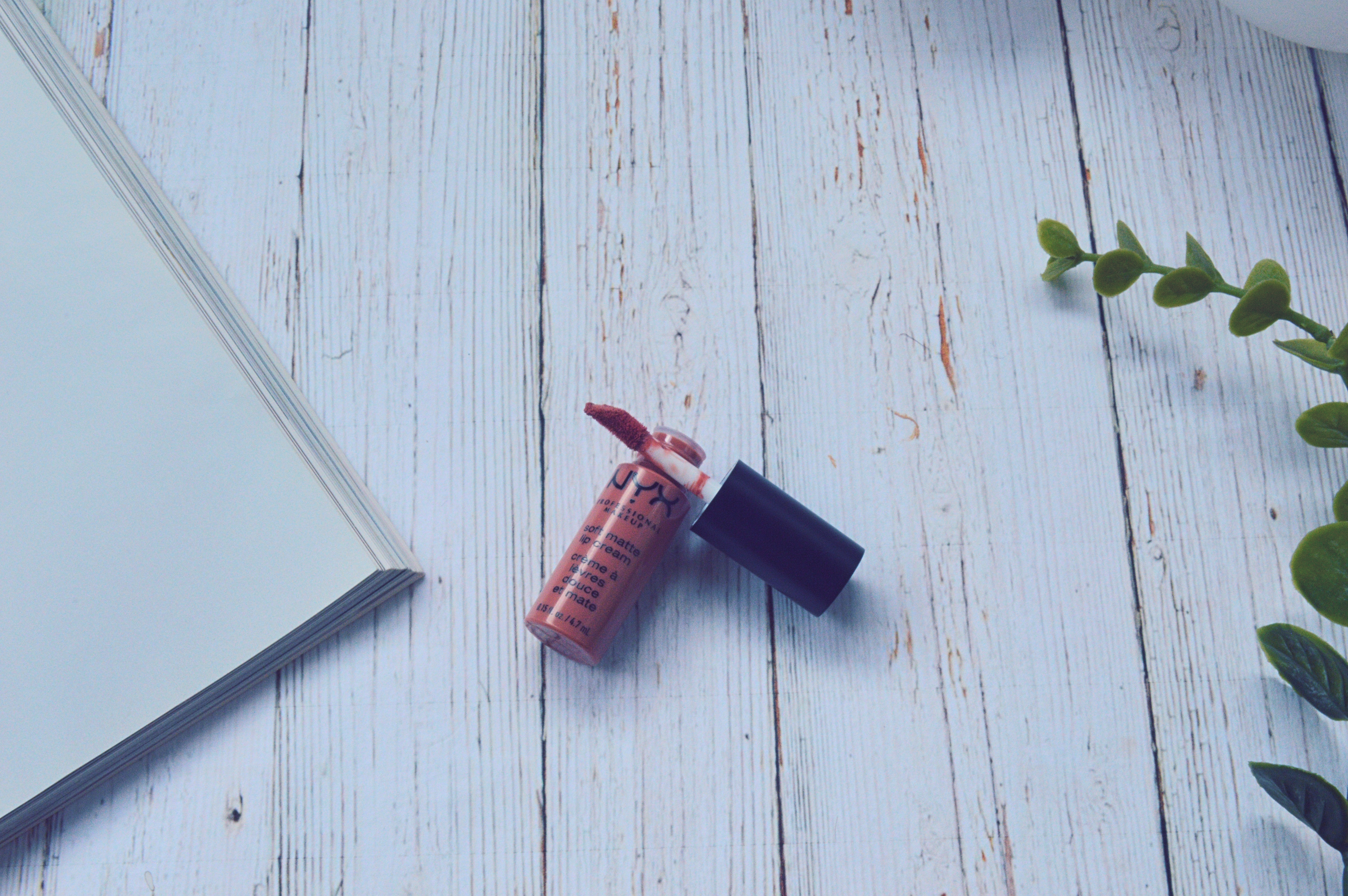 lipstick4.jpg