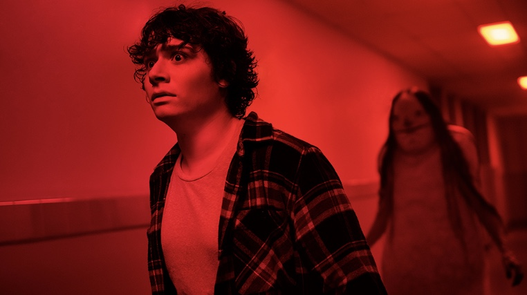 scary stories to tell in the dark review.jpg