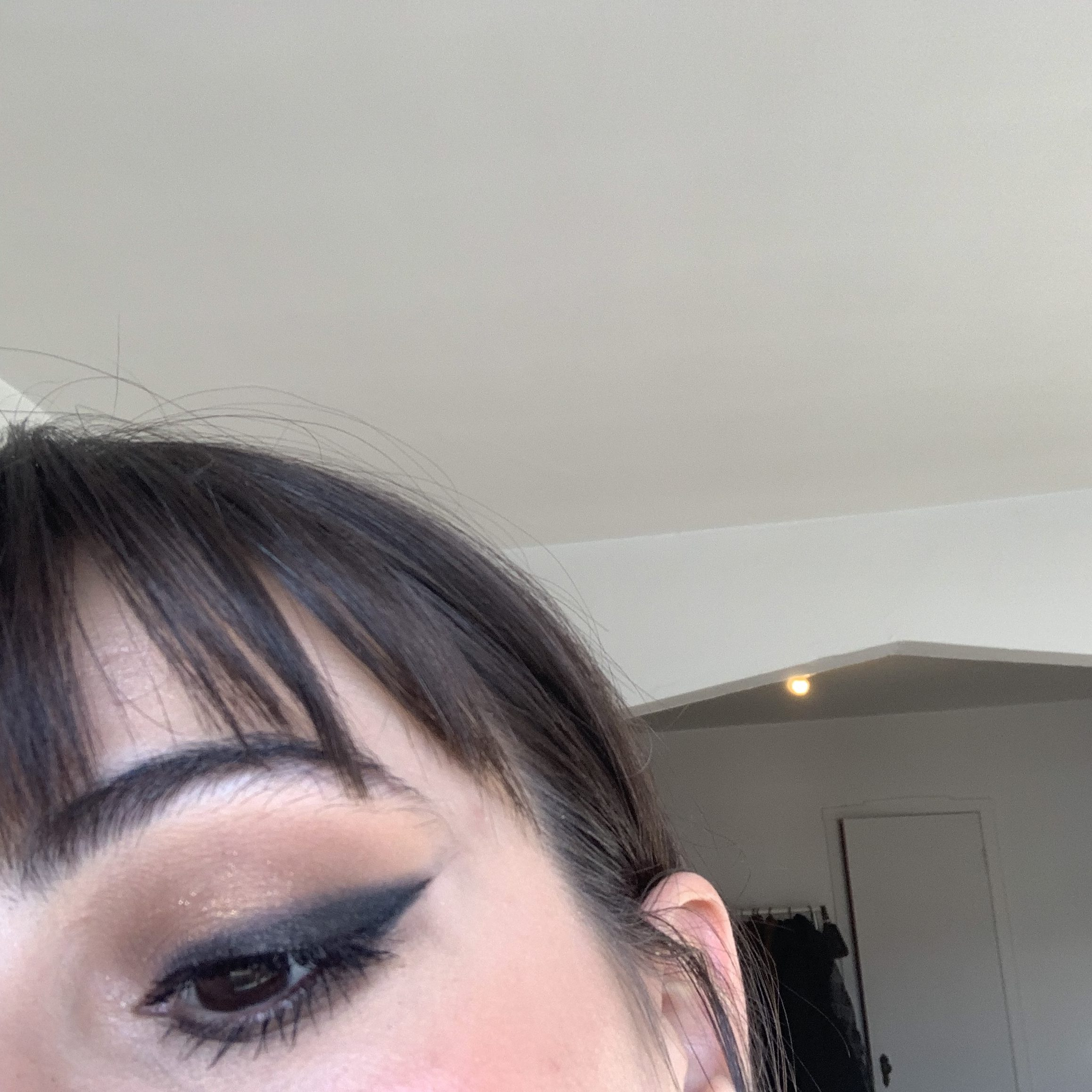 smoked out winged eyliner + red lipstick 3