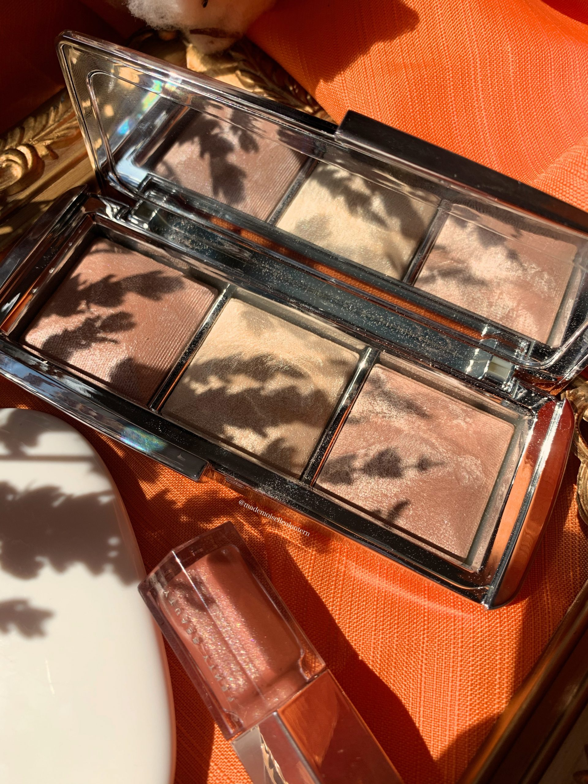 Hourglass Highlighter palette review